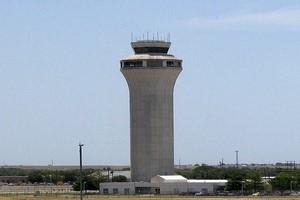 Leiebil Austin Lufthavn