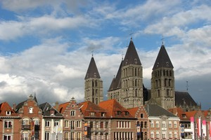 Leiebil Tournai